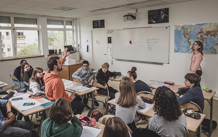 Les Raccrocheurs - Groupe Déjà / théâtre invisible / Decrochage scolaire